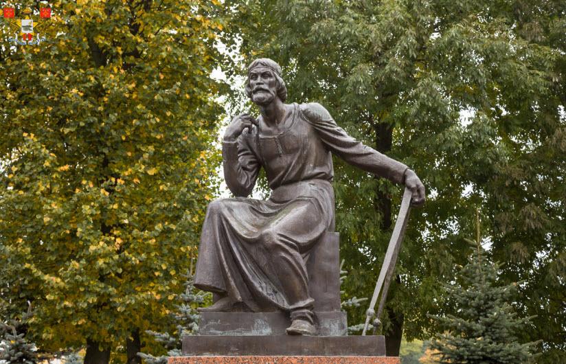 Памятник Федору Коню
