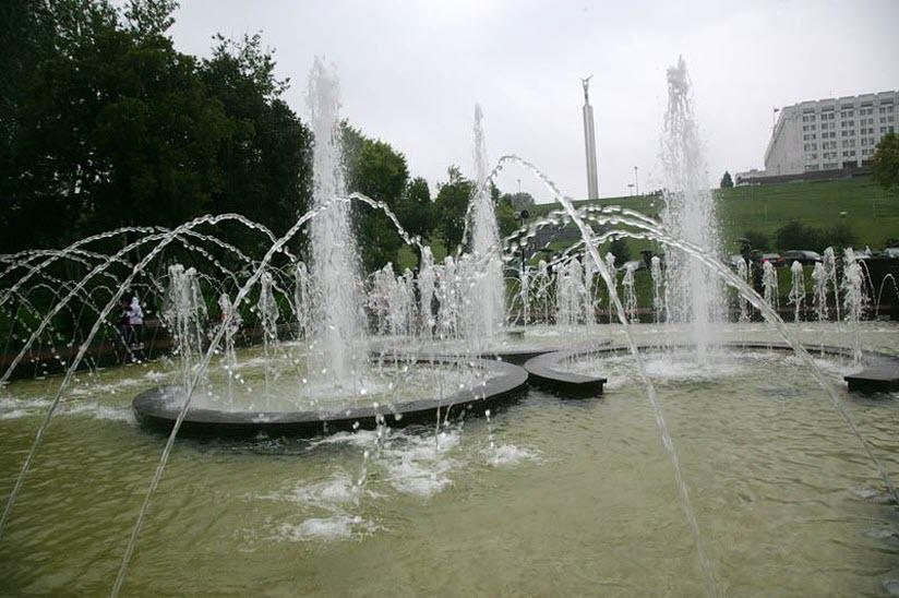 Поющий фонтан «Феерия»