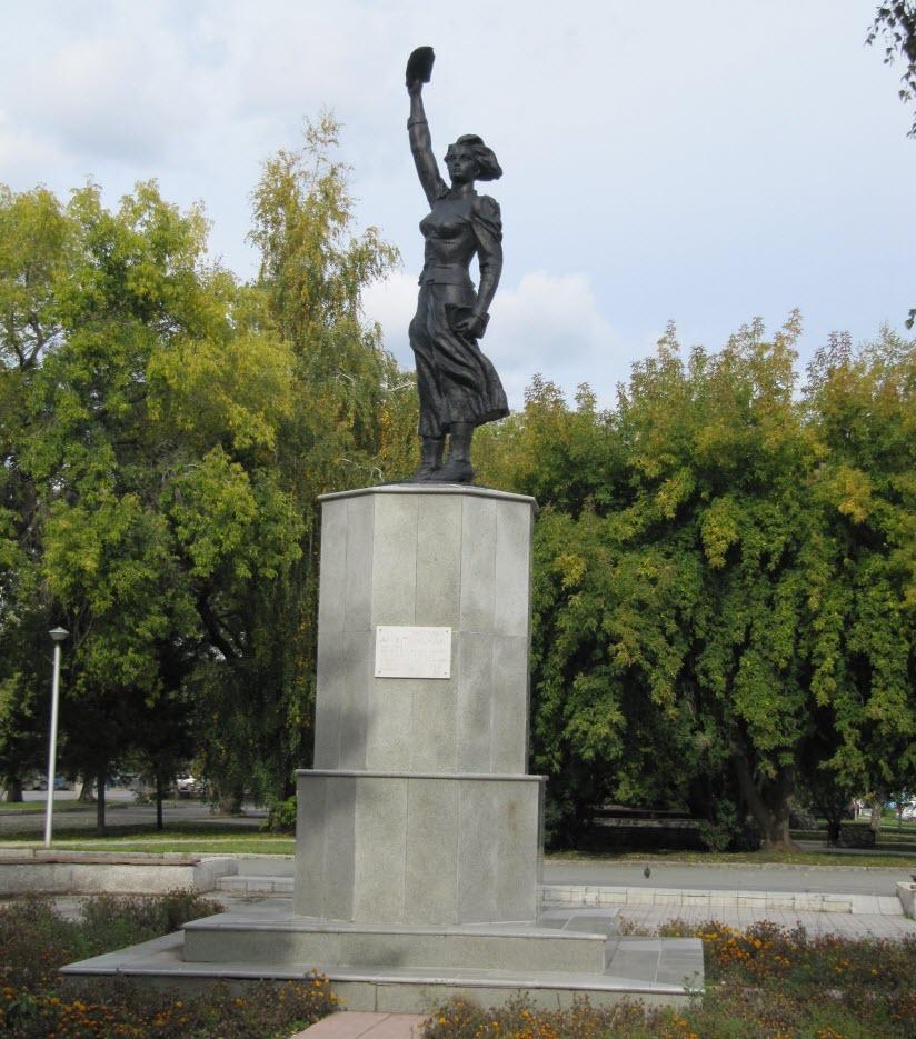 Памятник Н. Аргентовской