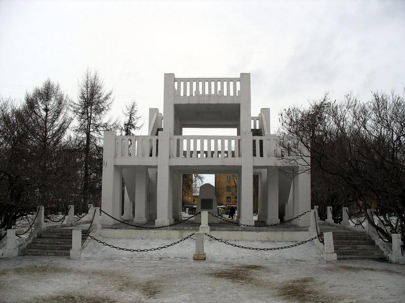 Памятник жертвам иностранной интервенции