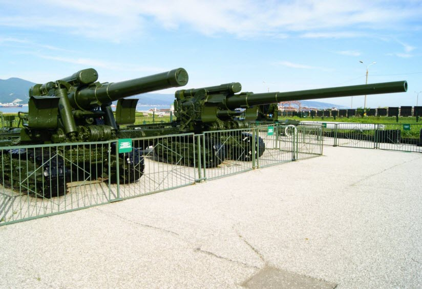 Экспозиция боевой техники периода ВОВ