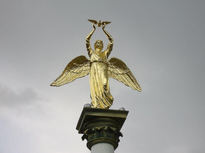 «Добрый ангел»