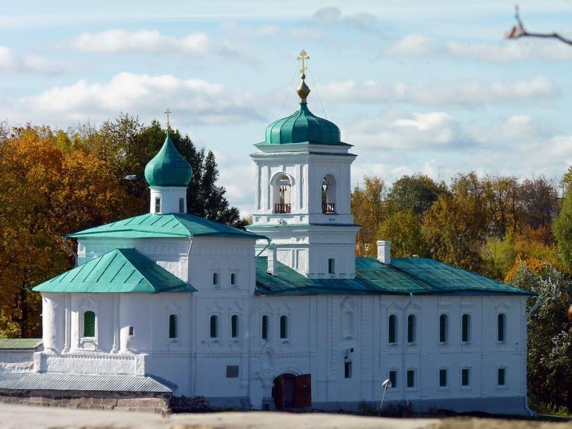 Спасо-Преображенский Мирожский монастырь