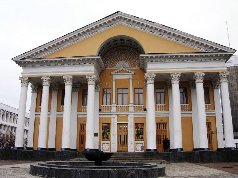 Здание кинотеатра «Родина»