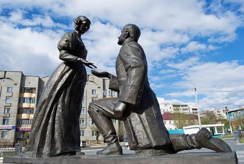 Скульптурная композиция Любовь и верность