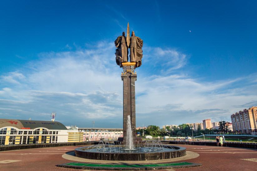 Памятник Навеки с Россией