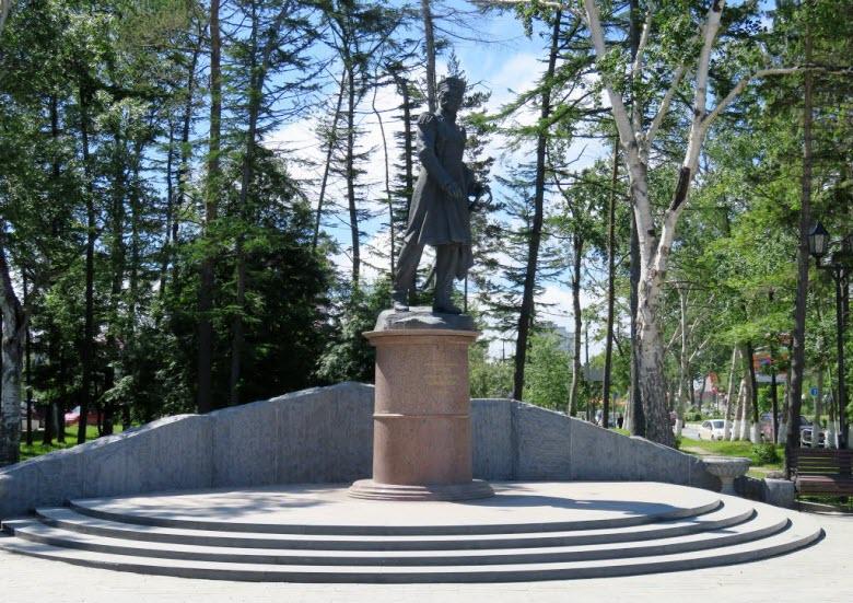 Памятник Г.И. Невельскому