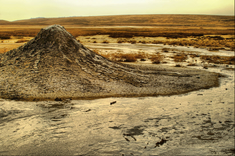Грязевые вулканы Булганакской котловины