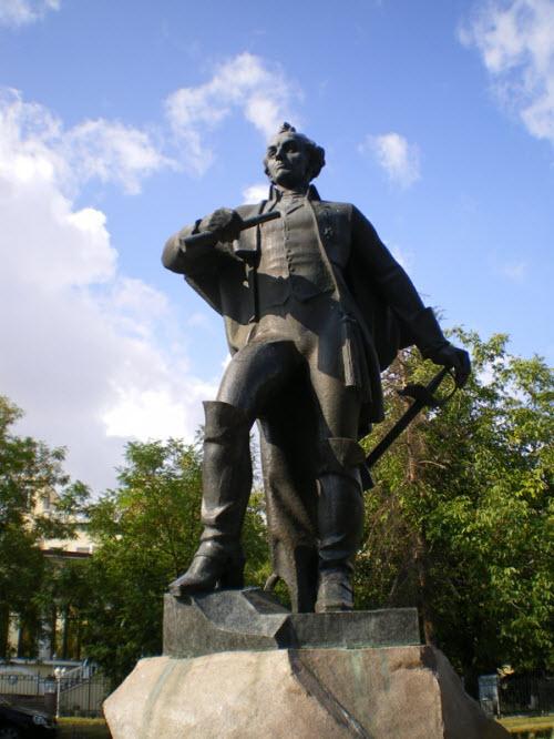 Памятник А.В. Суворову