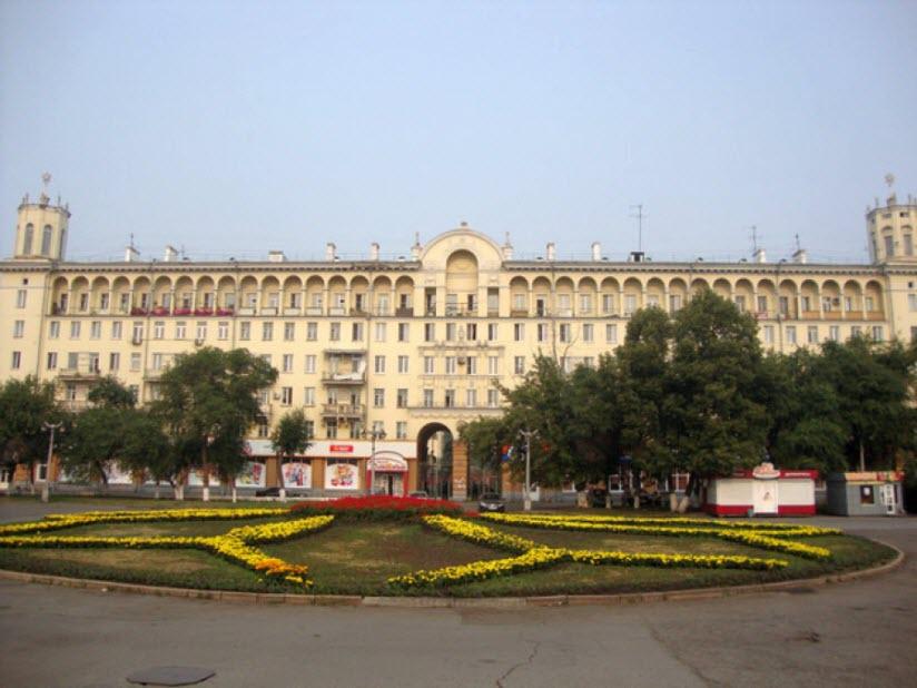 Дом на проспекте Металлургов