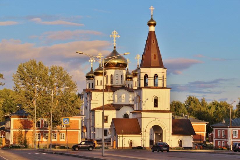 Кафедральный собор Феодосия и Афанасия Череповецких