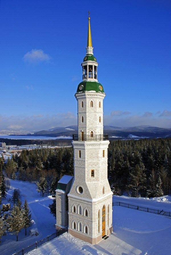 Колокольня-башня Иоанна Златоуста
