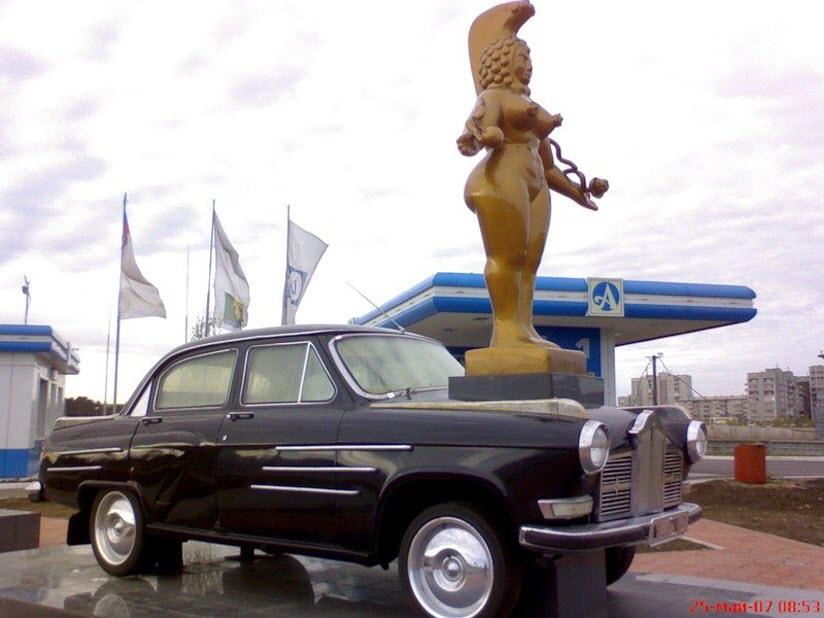 Арт-объект Дождливое такси