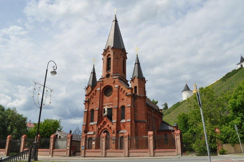 Троицкий католический храм