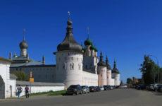Что стоит посмотреть в Ростове Великом туристу?