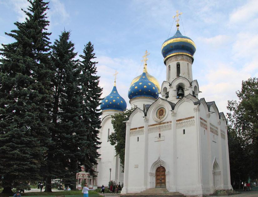 Храм во имя сошествия Святого Духа