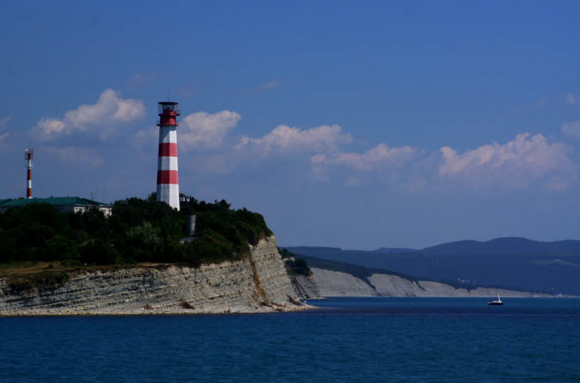 маяк на Толстом мысу