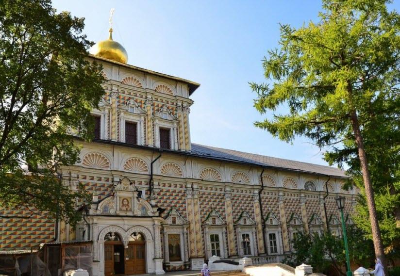 Сергиевская Трапезная церковь
