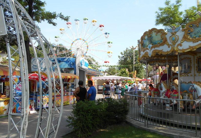 Центральный парк культуры и отдыха в Геленджике