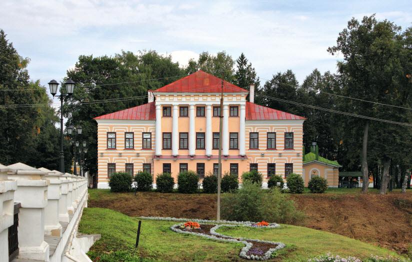 Здание бывшей Городской Думы