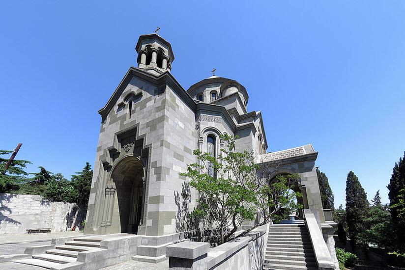 Храм святой Рипсиме