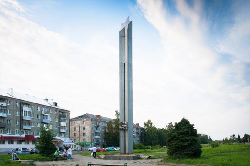 Обелиск Славы на Бульваре Победы
