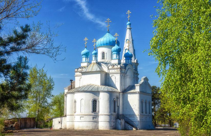 Храм Александра Невского на Оби