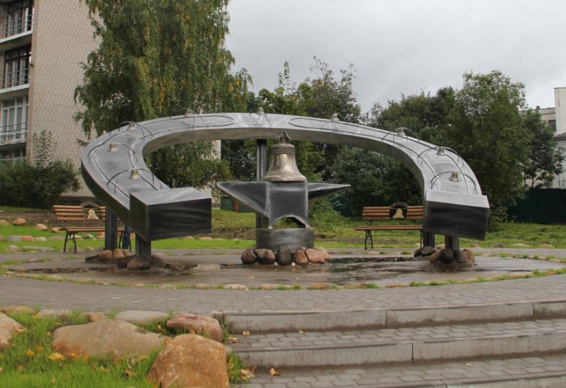 Памятник мастерам колокольных дел и кузнецам