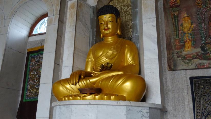 Будистский зал