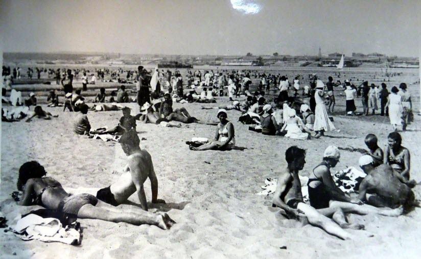 фото отдыхающих на пляже Маркиз