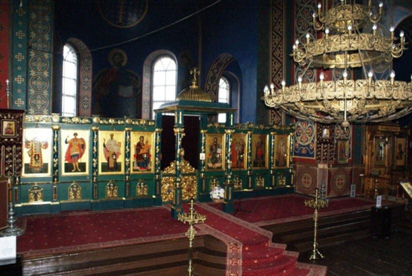 фото внутри Архангельского храма