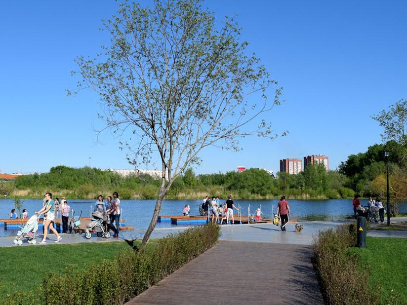озеро в парке Победы