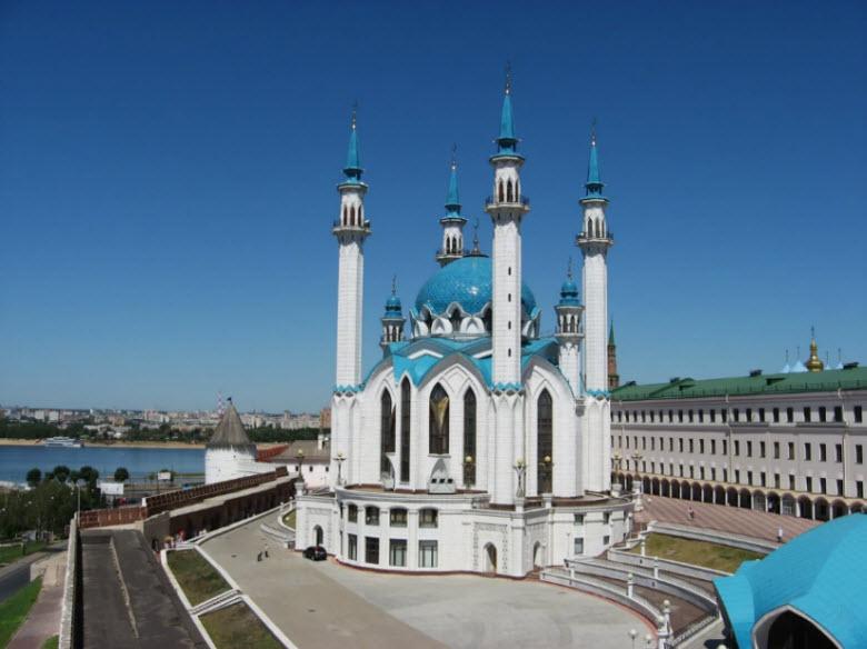 панорама мечети и реки