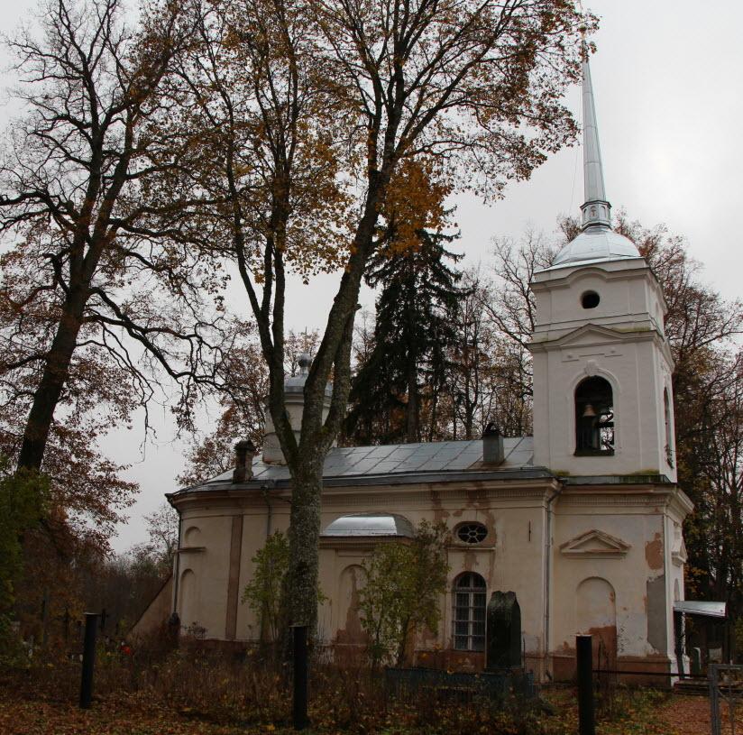 Покровская церковь в деревне Кярово