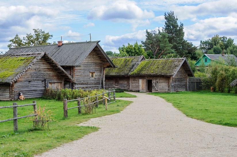 Пушкинская деревня
