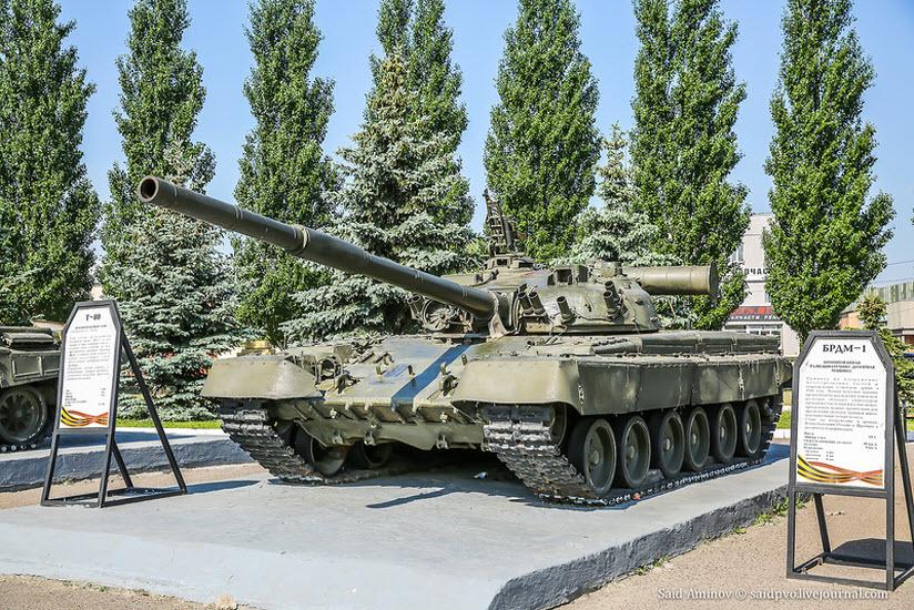 танки в парке Победы