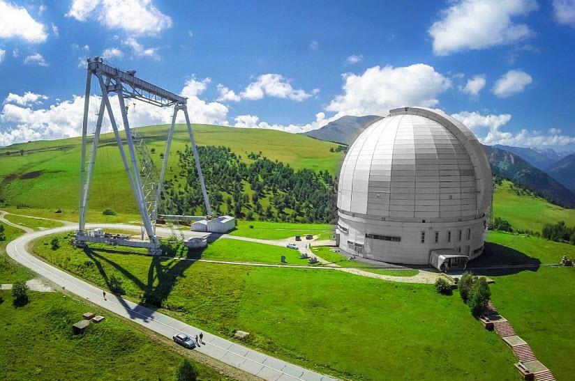вид обсерватории в Архызе