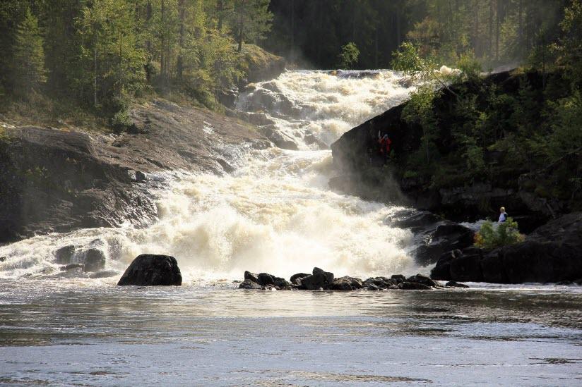 Водопад Куми