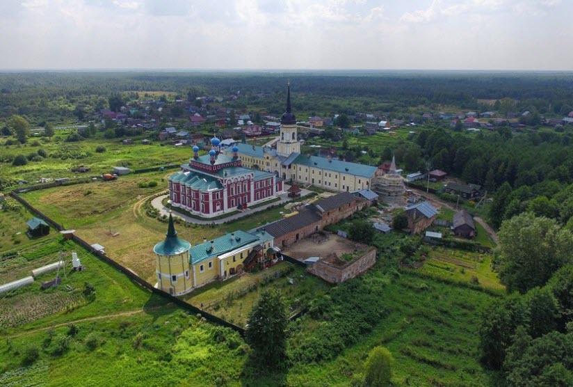 Николо-Радовицкий мужской монастырь