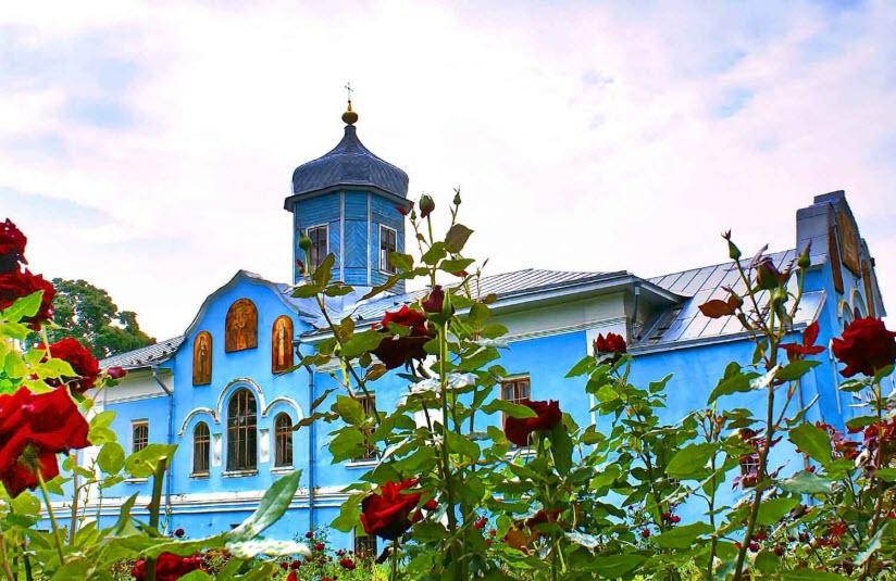Троицкий мужской монастырь