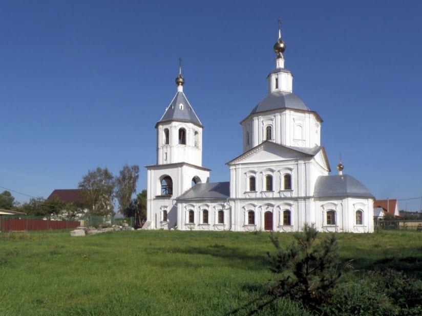 Богоявленский храм в Заречье