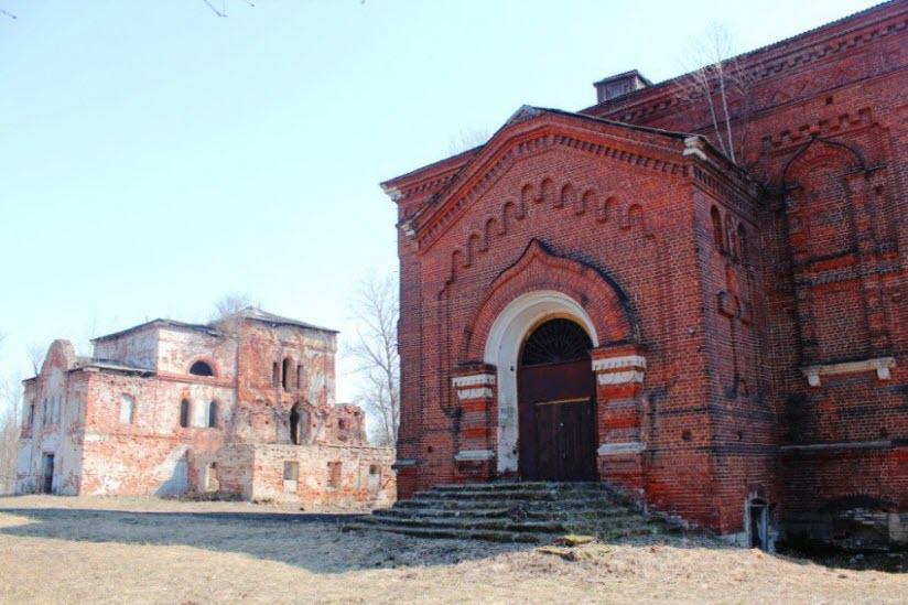 Дмитровский мужской монастырь