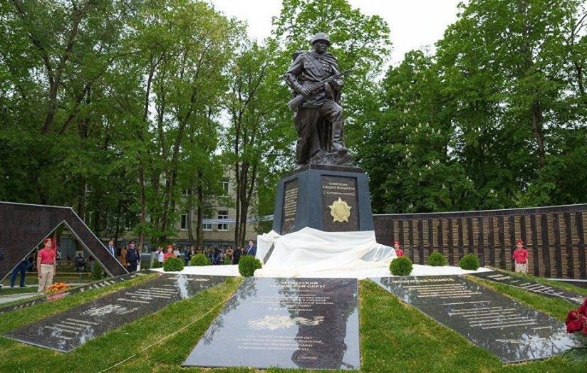 Мемориал павшим фронтовикам в ВОВ