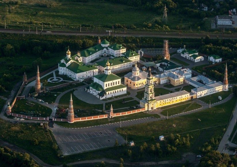 Богоявленский Старо-Голутвин монастырь