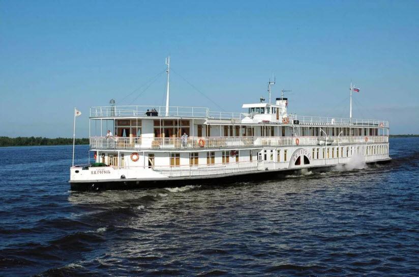 Колесный речной пароход «Н.В. Гоголь»