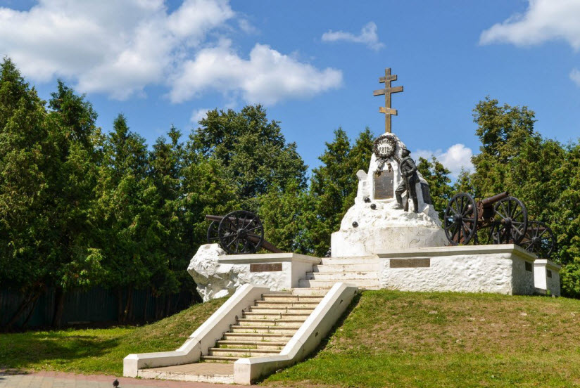 Памятник героям сражения 1812 г.