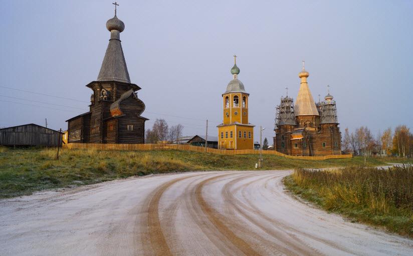 Троицкая и Никольская церкви в Неноксе