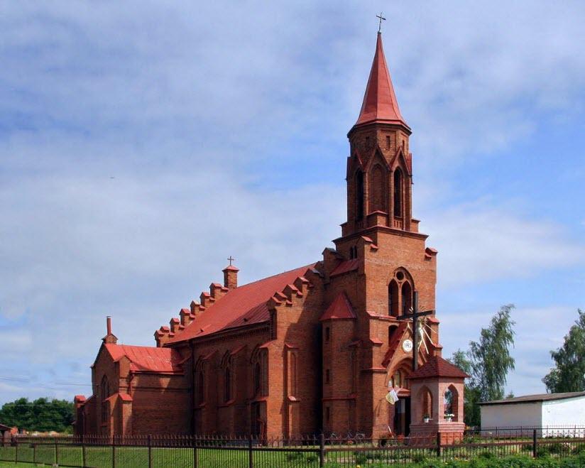 Костел святых Петра и Павла в Логишине