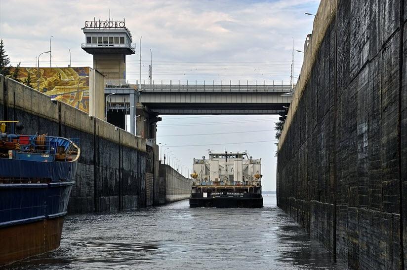 Саратовская ГЭС и шлюзы
