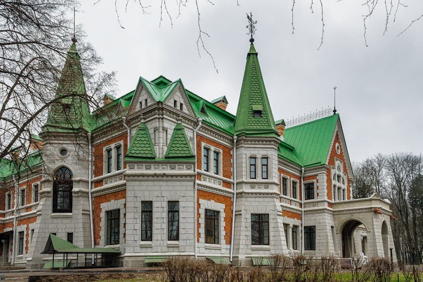 Усадьба Гатовского в деревне Красный Берег